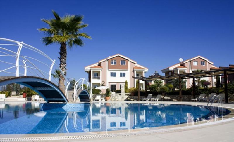 Doppelhaus Villa in gepflegter Anlage in Colakli - Beste Lage im Komplex - SIDE - 900 m vom Meer