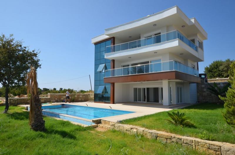 Schönes Villenprojekt über 3 Etagen mit Panorama Ausblick in Alanya