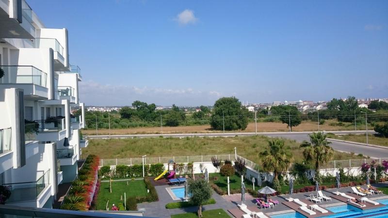 2 Zimmer Wohnung im  5-Sterne Komplex Side Evrenseki IHRE CHANCE mit Pool Blick !!!