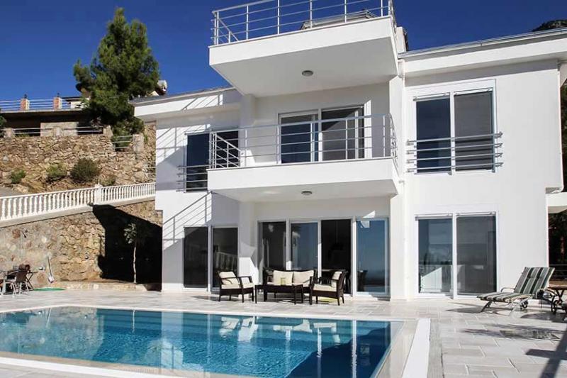 zeitlose moderne Villa mit Panorama Blick in Alanya Tepe PREISSENKUNG