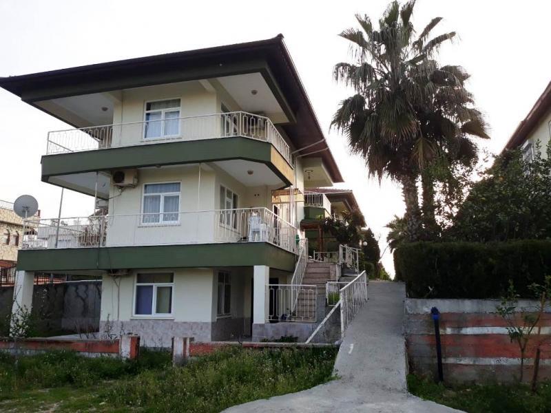 3 Etagen Doppelhaus zum Top Preis von Privateigentümer in Side Gündogdu