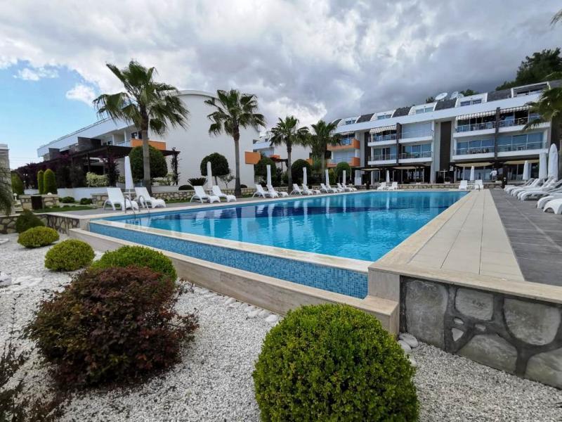 Eck-Penthouse 4 Zimmer Maisonetten Wohnung mit freiem Blick über Kumköy und dem Meer