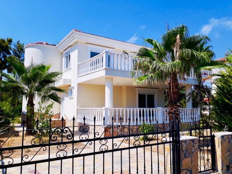 Super schöne Villa auf einem 750m² Grundstück in Alanya Incekum