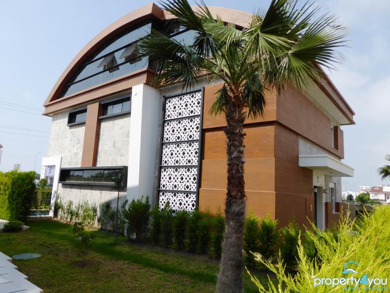Luxus pur auf 3 Etagen - Nahe der schönen Strände von Antalya Lara Kundu