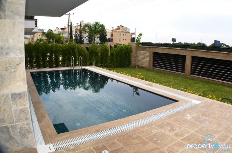 Luxus Villa in Top Lage 700m vom Antalya Lara Beach Park entfernt