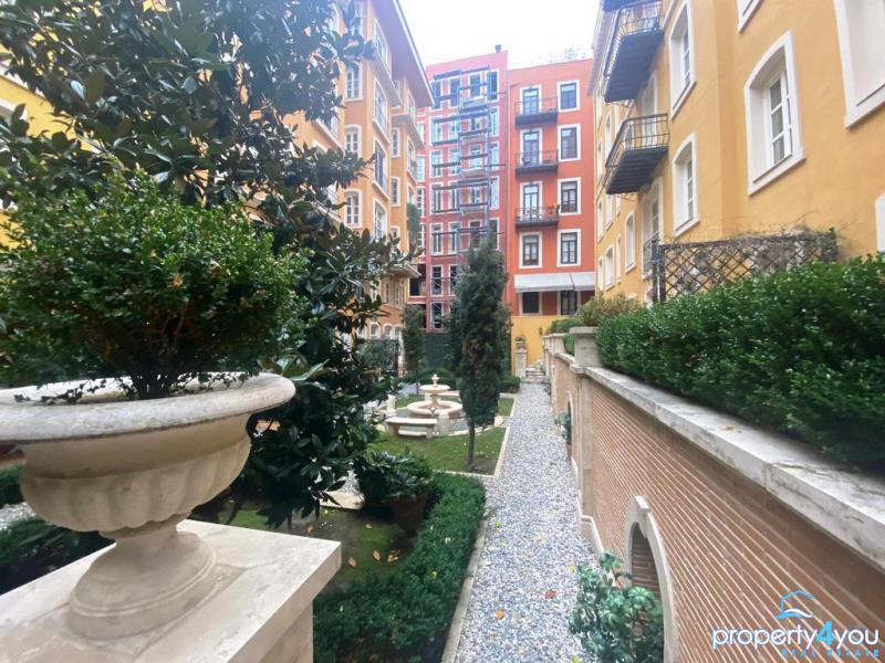 Leben im Mittelpunkt von Istanbul - Top Immobilie in der Megametropole Taksim nahe Konsulat Italiens